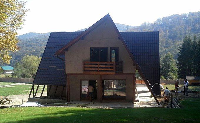 Cabane din lemn Dofteana