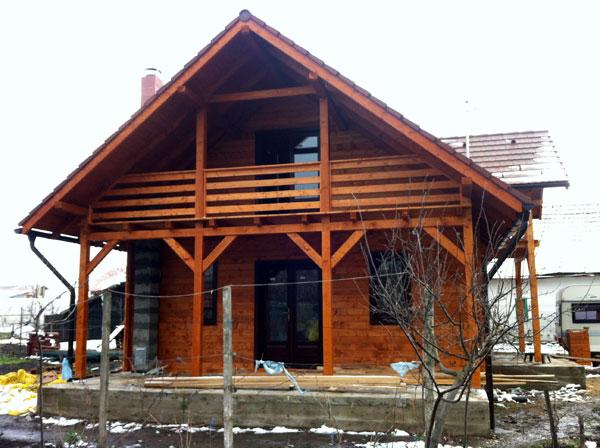 Casa de locuit ecologica construita din grinzi chertate - Poza 2