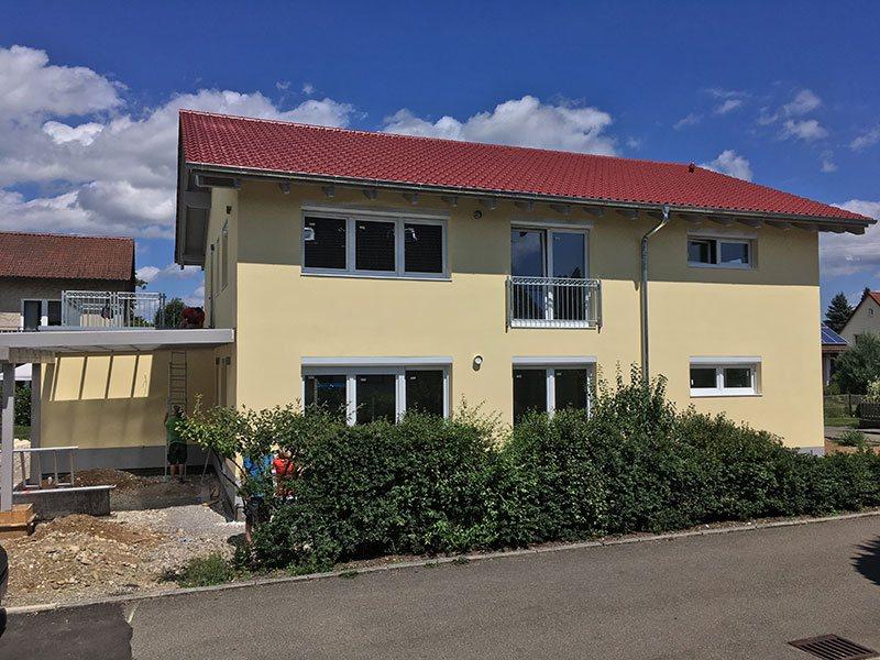 Constructie casa din lemn la cheie in tannheim germania barat system - Casa in germania ...