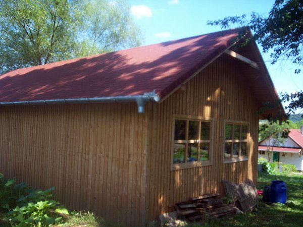 Sura cu grajd din lemn - imagine 2